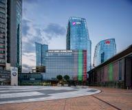 VILNIUS, LITUANIA - 10 AGOSTO 2018: Vilnius del centro con le costruzioni di affari e del comune nel fondo lithuania fotografia stock libera da diritti