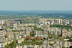 Vilnius stadshuvudstad av Litauen den flyg- sikten Arkivfoton