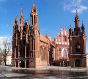 Vilnius-Stadt Anna-Kirche lizenzfreie stockfotos
