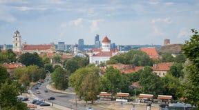 Vilnius-Stadtansicht von Gediminas Castle Hills zur alten und neuen Stadt, Vilnius, Litauen UNESCO-Weltkulturerbeliste Stockbilder