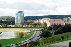 Vilnius-Stadtpanorama mit Fluss Neris am 24. September 2014 Stockfotografie