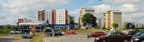 Vilnius vandaag. Nieuwe gebouwen bij pasilaiciai. Stock Afbeelding