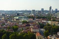 Vilniuscityscape in de zomer royalty-vrije stock foto