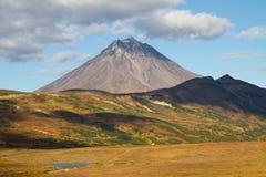 Viluchinskii火山。堪察加 免版税库存照片