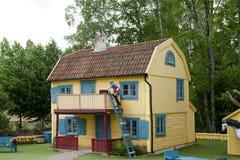 VIMMERBY SVERIGE - Juni 19, 2018, värld för Astrid Lindgren ` s, Astrid Lindgrens Varld nöjesfält Villa Villekulla Royaltyfria Foton