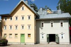 VIMMERBY SVERIGE - Juni 19, 2018 - världen för Astrid Lindgren ` s, Astrid Lindgrens Varld är ett nöjesfält Hus för Karlsson ` s royaltyfria foton