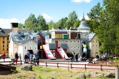 VIMMERBY SVERIGE - Juni 19, 2018 - världen för Astrid Lindgren ` s, Astrid Lindgrens Varld är ett nöjesfält Hus för Karlsson ` s arkivfoton