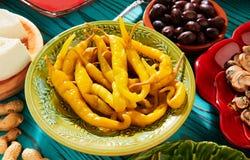 Vinäger för peppar för Tapasknipachili från medelhavs- arkivbilder
