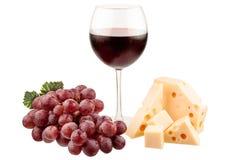 Vin avec des raisins et le fromage Photographie stock libre de droits