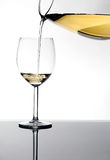 Vin blanc dans glas Photo stock