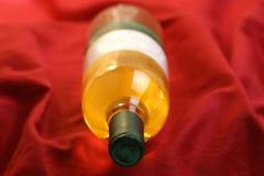 vin dans une bouteille photographie stock