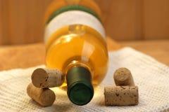 vin dans une bouteille images libres de droits