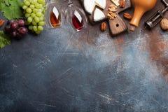 Vin, druva och ost arkivbilder