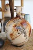 Vin en céramique de carafe Photographie stock libre de droits