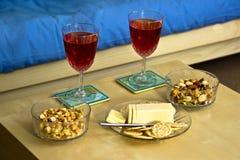 Vin et casse-croûte Photo libre de droits