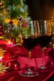 Vin et décorations pour Noël Photos stock