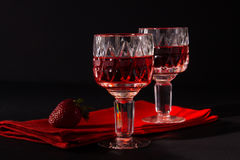 Vin et fraises Photos libres de droits