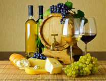 Vin et fromage Photographie stock