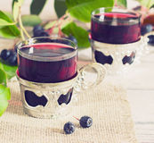 Vin från aronia Arkivbild
