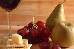 Vin, fromage et froots photo libre de droits