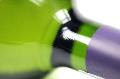 vin haut proche de bouteille Image libre de droits
