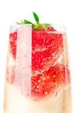 Vin mousseux (champagne) et fraise Images libres de droits