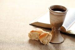 Vin och bröd arkivfoto