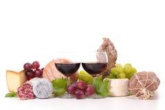 Vin, ost och korv Royaltyfri Bild