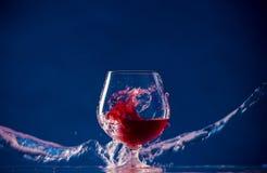 Vin rouge dans une glace Photo stock