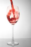 Vin rouge en glace Images stock