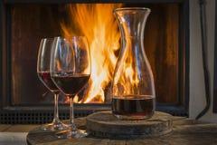 Vin rouge pour deux photos stock