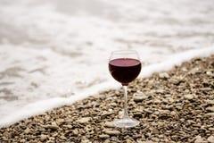 Vin sur la plage Photographie stock libre de droits