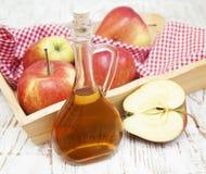 Vinagre de sidra de maçã Imagens de Stock