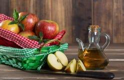 Vinagre de sidra de maçã Imagem de Stock Royalty Free