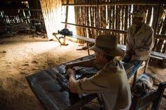 Vinales dal, Kuba - September 24, 2015: Ung kubansk bondemor Royaltyfri Foto
