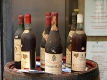 Vinatge-Wein von Chateauneuf-DU-Pape Stockbild