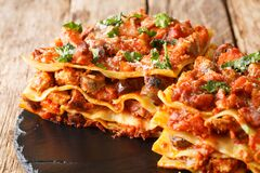 Free Vincisgrassi Are Flat Pasta, A Meat Sauce Called Ragu,  The Variety Of Meats Is Coarsely Chopped And Mixed With Cloves, Celery, Stock Photo - 216123200