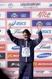 Vincitore di maratona di Milano fotografia stock