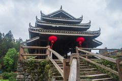 Vind- och regnbro av Dong Nationality arkivbild