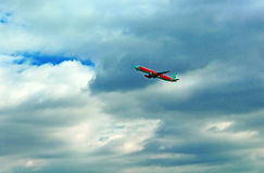 Vind Rose Aviation Airbus A320-212 för flygplan UR-WRK Royaltyfri Fotografi
