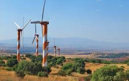 Vindgeneratorer i Golan Heights Israel Arkivbilder