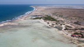 Vindsurfar det karibiska havet för den Bonaire ön lagun Sorobon Arkivfoto
