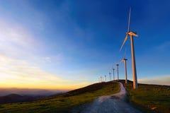 Vindturbiner i eolic Oiz parkerar Royaltyfria Bilder