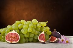 vine and figs royalty free stock image