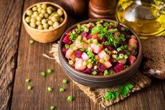 Vinegret - traditionele Russische plantaardige salade Stock Afbeelding