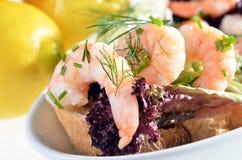 Vinger-voedsel met scampien Royalty-vrije Stock Foto's