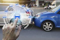 Vingeraanraking met de pictogrammen van de autoeis over het Netwerk royalty-vrije stock afbeeldingen