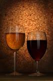 Vinho branco e vermelho Fotografia de Stock Royalty Free
