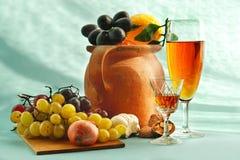 Vinho e aperitivo Imagens de Stock Royalty Free
