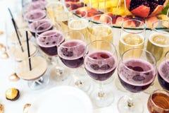 Vinho e cocktail Fotografia de Stock